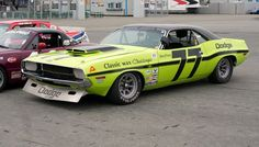 Photo gallery from the Historic Motors Sports Association LSR Invitational and Kastner Cup vintage race, held at Mazda Raceway Laguna Seca on June Road Race Car, Road Racing, Auto Racing, Mustang Boss 302, 1970 Ford Mustang, Racing Car Design, Green Cars, Nascar Cars, Jeep Mods