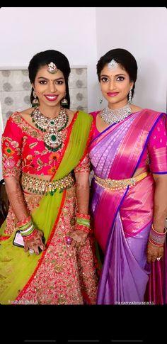 Wedding Saree Blouse Designs, Half Saree Designs, Saree Wedding, Traditional Silk Saree, Combo Dress, Saree Models, Pure Silk Sarees, Indian Bridal, Bridal Hair