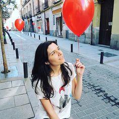 Love is in the air ❤️ #balloon #red #love #deartee #design #photographer #infinity #beyond #photoshooting #Madrid #globo #rojo #diseño #fotógrafa #sesióndefotos #infinito