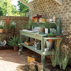 Potting Bench Inspiration - Lilacs and LonghornsLilacs and Longhorns