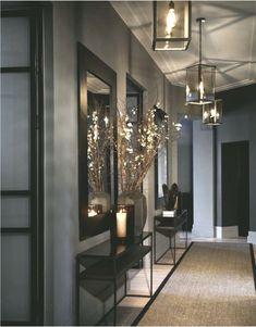 House Of Turquoise, Interior Design Magazine, Interior Design Inspiration, Hallway Decorating, Interior Decorating, Design Online Shop, Living Room Designs, Living Room Decor, Flur Design