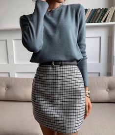 Mittyo Classic Blue Top Plaid Skirt Two Piece Dress Source by angelicameskhia casual outfits Mode Outfits, Fall Outfits, Edgy Outfits, Summer Outfits, Classic Fashion Outfits, Skirt Outfits For Winter, Casual Office Outfits Women, Classy Chic Outfits, Formal Casual Outfits