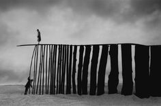 Gilbert Garcin. 302 - La persévérance - Perseverence, 2005