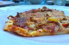 Glutenvrije pizza met een pizzabodem met Schar mix B Hawaiian Pizza, Lasagna, Pasta, Ethnic Recipes, Food, Essen, Meals, Yemek, Lasagne