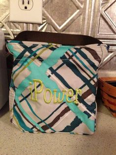 iPower. Cute idea for a Littles carry all caddy to contain cords and charging phones!  Www.mythirtyone.com/Tracywelge