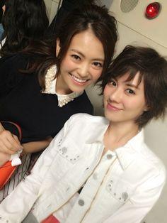 神戸コレクションにて、安座間美優と葛岡碧。