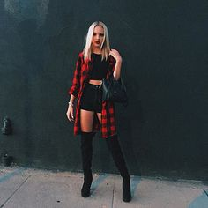 41 Grunge Outfit Ideas for this Spring Spring is here! So check out these 41 grunge outfit ideas for this spring to rock on! Grunge Outfits, Teen Fashion Outfits, Edgy Outfits, Cute Casual Outfits, Look Fashion, Fall Outfits, Summer Outfits, Fall Fashion, Goth Outfit