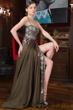 Toufic Hatab Spring-summer 2014 - Couture - http://www.flip-zone.com/fashion/couture-1/independant-designers/toufic-hatab-4675