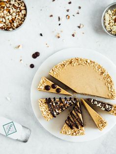Raw vegan caramel cheesecake #healthy #dessert #recipe #raw #vegan #cheesecake #cake