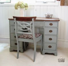 An Antique Desk Makeover A Craigslist antique desk paired with a curbside vintage chair take these cast-ff furniture pieces to a new level. Furniture Fix, Repurposed Furniture, Furniture Projects, Furniture Making, Laminate Furniture, Furniture Refinishing, Wood Laminate, Desk Redo, Desk Makeover