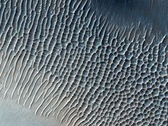 - acetoxy:   Photographs of the surface of Mars,...