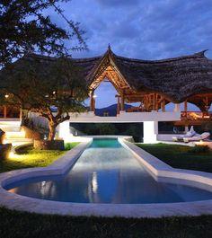#luxurystyle #luxuryhomes #luxuryfashion #luxurycars #luxurybrand #luxuryrealestate #luxurycar