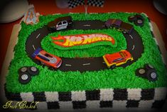 Nothing completes a Hot Wheels themed birthday party like a Hot Wheels cake. If your little racer is into Hot Wheels, then a Hot Wheels b. Hot Wheels Party, Bolo Hot Wheels, Hot Wheels Cake, Hot Wheels Birthday, Race Car Birthday, Cars Birthday Parties, Boy Birthday, Hotwheels Birthday Cake, Birthday Ideas