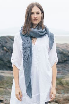 capella shawl by isabell kraemer / from the tern 2016 collection / in quince & co. tern, color stonington