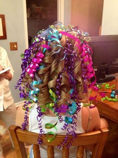 25 ideas hair styles for kids girls schools crazy hair day Crazy Hair Day Girls, Crazy Hair For Kids, Crazy Hair Day At School, Crazy Hair Days, School Days, Crazy Day, Little Girl Hairstyles, Hairstyles For School, Cute Hairstyles