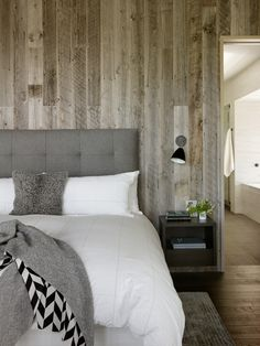 65 Cozy Rustic Bedroom Design Ideas Digsdigs HD Wallpapers by Rosel Lindemann such as Decor, Bedroom Design, Luxurious Bedrooms, Bedroom Styles, Home Furniture, 1 Bedroom Apartment, Bedroom Decor, Home Decor, Rustic Bedroom Design