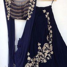 New Ideas For Indian Bridal Wear Peach Anarkali Suits Indian Gowns, Indian Attire, Indian Wear, Indian Wedding Outfits, Indian Outfits, Dress Wedding, Wedding Reception, Lehenga Wedding, Wedding Mehndi