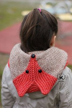 Pattern wold be easy to duplicate. Sly Fox Hood knitting pattern by Ekaterina Blanchard on Ravelry Yarn Projects, Knitting Projects, Crochet Projects, Knitting For Kids, Baby Knitting, Knit Or Crochet, Crochet Hats, Knitting Patterns, Crochet Patterns
