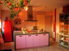 Roze keukens op pinterest jaren 40 keuken dinette sets en jaren 50 keuken - Roze keuken fuchsia ...