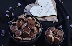 עוגיות סבלה שוקולד הכי טעימות שיש Cake Recipes, Sweet Tooth, Nail Designs, Cookies, Chocolate, Desserts, Food Cakes, Projects, Crack Crackers
