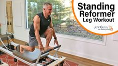 Stehendes Pilates Reformer Beintraining, The Effective Pictures We Offer You About Pilates Reformer at home A quality picture can te Pilates Workout, Pop Pilates, Pilates Video, Pilates Instructor, Pilates For Beginners, Pilates Studio, Studio Workouts, Beginner Pilates, Stott Pilates Reformer