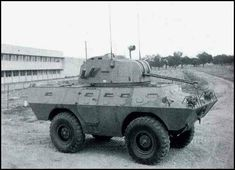 Heavy And Light, Military Weapons, Armored Vehicles, Us Army, Military Vehicles, Air Force, Cold War, Colonial, Portugal