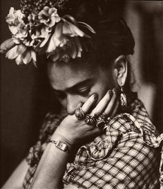 ...This picture of Frida Kalo