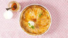 Vyzkoušejte tento lahodný podzimní koláč z lineckého těsta. Kromě šťavnatých hrušek mu dodá skvělou chuť i vrstva marcipánu a meruňková poleva s rumem. Grapefruit, Food, Essen, Meals, Yemek, Eten