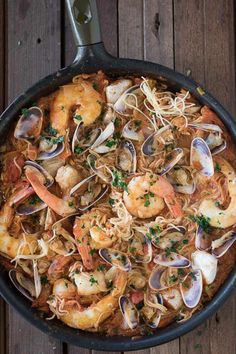 17 Spanish-Inspired Recipes to Try at Home - Seafood Recipes Prawn Recipes, Seafood Recipes, Cooking Recipes, Healthy Recipes, Clam Recipes, Seafood Bake, Skillet Recipes, Spanish Dinner, Spanish Rice