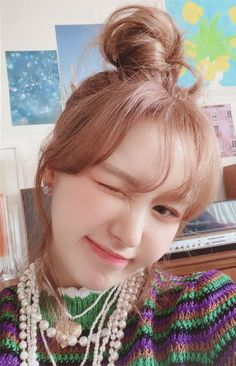 Wendy Red Velvet, Red Velvet Irene, Seulgi, South Korean Girls, Korean Girl Groups, The Girl Who, Boy Or Girl, Olaf, Photo Cards