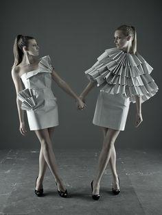 "Editorial ""Paper fashion"" - Fashion Project. Origami Fashion Dress"