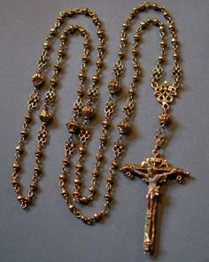 Rosary Prayer, Holy Rosary, Prayer Beads, Catholic Jewelry, Rosary Catholic, Renaissance And Reformation, Saints And Sinners, Blessed Mother Mary, Rosary Beads