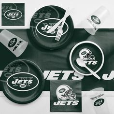 NFL Green And White New York Jets Game Day Party Supplies Kit