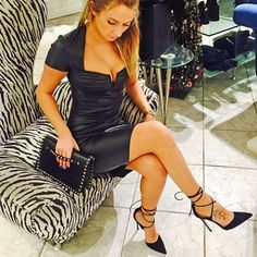 Are you ready for another Saturday night? Jitrois black leather dress paired with Valentino black envelope clutch: $2,075.00 and Gianvito Rossi Antonia Pointy D'orsa black suede pumps: $925.00. Stop by and pick up the perfect LBD. #SeeitLoveitBuyit at #cocopari #jitrois #gianvitorossi #valentino #rockstud #luxurylifestyle #fashionaddict #lux #classy #style #fashion #beauty #shoeheaven #rollsroycecars #rolex #gucci #dior #ferrari #mclarenauto #dior #graffdiamonds @cocopari @jitroisparis…