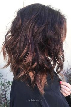 This is amazing. when i see all these cute medium length hair styles it always m… This is amazing. when i see all these cute medium length hair styles it always makes me jealous i wish i could do something like that I absolutely .. http://www.tophaircuts.us/2017/05/08/this-is-amazing-when-i-see-all-these-cute-medium-length-hair-styles-it-always-m-2/