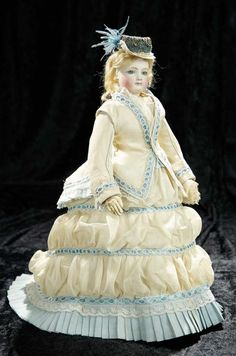 Soirée: A Marquis Cataloged Auction of Antique Dolls and Automata - May 14, 2016: Lot 20. French Bisque Poupee by Jumeau with Very Delicate Expression