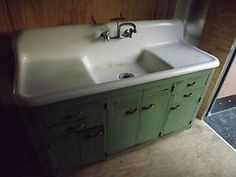 antique farmhouse vintage kohler kitchen cast iron sink original metal base - Cast Iron Kitchen Sinks