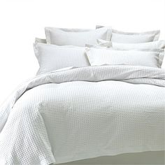 Shop duvet cover sets that add warmth & colour to any bedroom. Shop duvets…