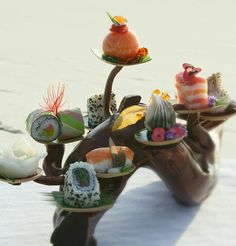 ~~ Froosh Nur - The ChefsTalk Project Japanese Sweets, Japanese Food, Chefs, Childrens Meals, Modern Food, Food Gallery, Recipe Sites, Molecular Gastronomy, Sashimi
