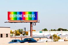 To Spread Happiness, Designer Puts Up Signs Of Encouragement - DesignTAXI.com