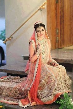 Latest Beautiful Walima Dresses Collection for Wedding Bridals 2015-16 (22)