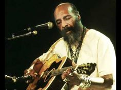 Richie Havens WAS Woodstock. He died this afternoon ate age 72 apparently from a sudden heart attack. One of the great performers, and an important figure in the history of folk music… Richie Havens, Taylor Songs, Joan Baez, List Of Artists, Top Artists, Music Artists, Rock Festivals, Thanks For The Memories, Free Youtube