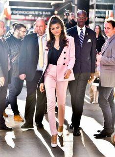 The Power Suit – In colour, plus 15 amazing suits to shop - Talking Shop Suit Fashion, Look Fashion, Fashion Outfits, Womens Fashion, Paris Fashion, Zendaya Outfits, Zendaya Style, Zendaya Fashion, Classy Outfits