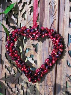 Singing bell heart in red. http://www.maroque.co.uk/showitem.aspx?id=ENT06073&p=00738&n=all