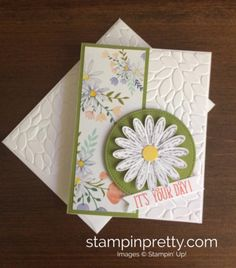 Daisy Delight Stamp Set & Daisy Punch Birthday Card.  Mary Fish, Stampin' Up! Demonstrator.  1000+ StampinUp & SUO card ideas.  Read more https://stampinpretty.com/2017/06/celebrate-the-return-of-the-daisy-punch.html