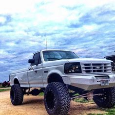 ford trucks old Ford Diesel, Chevy Diesel Trucks, Old Pickup Trucks, Lifted Ford Trucks, Powerstroke Diesel, Cool Trucks, Big Trucks, Toyota, Classic Ford Trucks