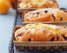 Uz kavu ili čaj: Slatki kruh od limuna, borovnica i badema Pastry And Bakery, Baking And Pastry, Plum Cake, Cake & Co, Sweet And Spicy, No Bake Cake, Smoothie Recipes, Smoothies, Delicious Desserts