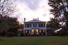 The Glen Venue's Linwood at Sunset. Historic mansion wedding venue in Glen St. Mary