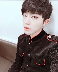 Yoonhoo (윤후) from BEATWIN (비트윈)