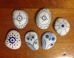 Jane Monk Studio - Longarm Machine Quilting & Teaching the Art of Zentangle®: Painted Stones Tutorial